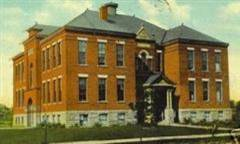 Brownell School, the site of the first LCCC classes in 1964.